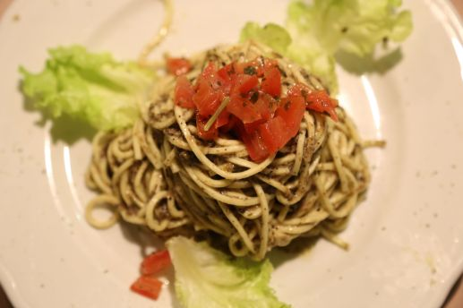 Spaghetti with a very special truffle sauce