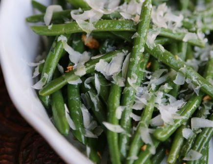 Green Beans and Garlic