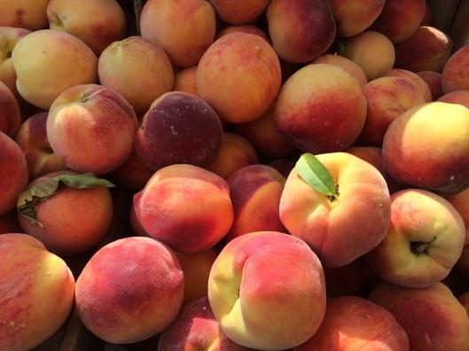 Peaches farmers market